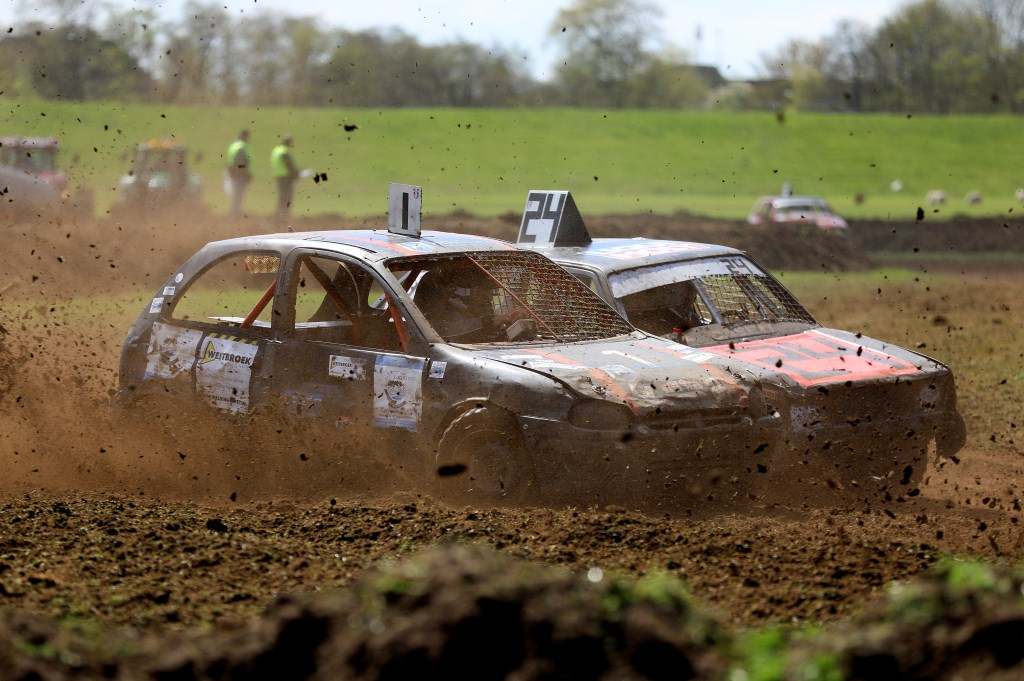 2e Paasdag: Autocross Groot-Ammers